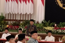 Presiden Jokowi singgung pemindahan ibukota saat bukber pimpinan lembaga negara
