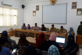 Orang tua siswa SD Surabaya keluhkan penerapan PPDB Zonasi SMP