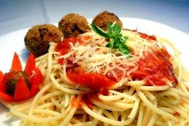 Inspirasi pilihan menu buka puasa pertama, jus semangka lemon dan spaghetti ayam
