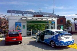 DPR: Pengembangan kendaraan listrik jangan kalah dengan Eropa