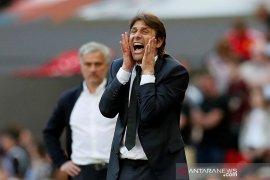 Conte tepis kabar akan melatih Roma