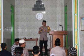 Kapolres Garut ajak masyarakat jaga persatuan di momentum Ramadhan