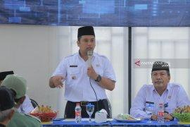 Satpol PP Kota Tangerang awasi jam buka rumah makan dan tempat hiburan