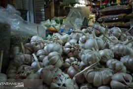 Harga bawang putih di Sukabumi mulai berangsur turun