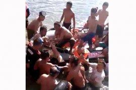 Warga dan SAR temukan pelajar yang tenggelam di Bendungan Air Manjuto