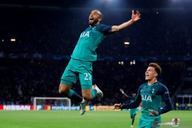Hatrik Moura antar Tottenham singkirkan Ajax