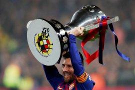 """Lionel Messi raih trofi """"Sepatu Emas"""" keenam, setelah pencetak gol terbanyak di Eropa"""