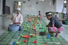 Bubur suro Ramadhan tradisi tua makmurkan masjid Page 2 Small