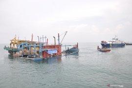 Tiga kapal asing pencuri ikan ditenggelamkan di Belawan