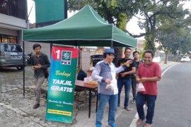 PKB Jawa Barat bagikan takjil gratis selama ramadhan