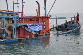 """Menteri Susi Pudjiastuti incar pemilik modal kapal """"illegal fishing"""""""