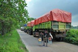 Dishub Tangerang tilang kendaraan barang dalam operasi penertiban