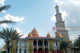 Masjid Roudhotul Muchlisin ikon wisata religi Ramadhan di Jember
