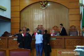 Ratna Sarumpaet mengaku sudah empat kali menjalani operasi plastik