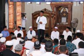 Gubernur Safari Ramadhan ke Desa Padang