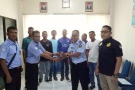 Tujuh ABK asal Thailand diserahkan ke  Imigrasi Aceh