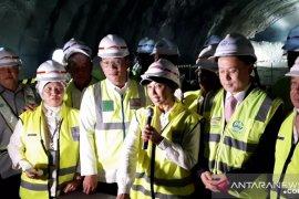 Menteri BUMN menargetkan proyek kereta cepat capai 59 persen pada 2019