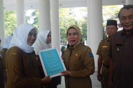 Bidan bertugas di desa terpencil di Serang diangkat jadi  CPNS