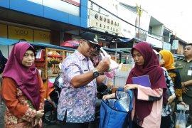 260 pedagang takjil di Pasar Lama diberikan edukasi makanan sehat