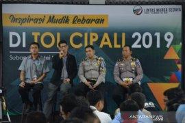 """Jalan tol Cipali mulai diperbaiki dengan """"tambal sulam"""" jelang mudik Lebaran"""