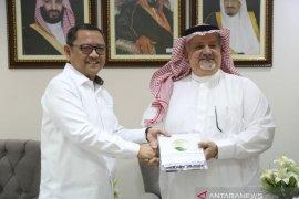 Kabar gembira. Kerajaan Arab Saudi berikan 100 ton kurma ke Kemensos Indonesia
