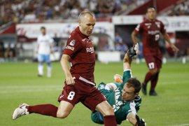 Iniesta dan Torres kesulitan di liga Jepang