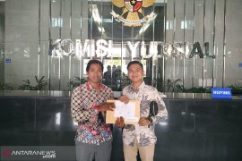 Gugatan ditolak, Walhi Bengkulu laporkan dugaan korupsi ke KPK