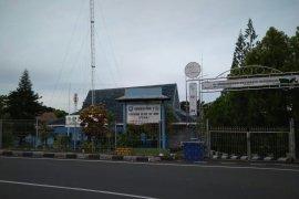 Wali Kota Ternate minta PDAM atasi kebocoran air