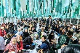 """Rendang """"Jadi Bintang"""" di Tenda Ramadan London"""