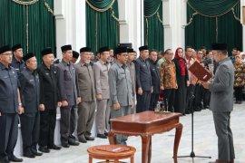 Ade Sarip Hidayat resmi pimpin Forsesdasi Jawa Barat