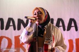 Dana terkumpul Rp300 juta melalui Konser kemanusiaan ACT-Melly Goeslaw