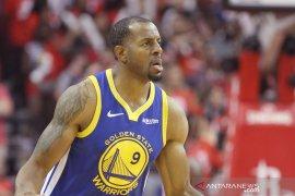 Warriors terancam tanpa Andre Iguodala di gim keempat playoff NBA