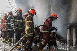 Kebakaran pasar Kosambi Bandung