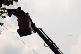 PJU di jalur alternatif mudik Sukabumi-Bogor mulai diperbaiki