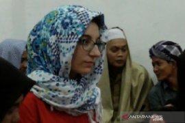 Mahasiswa Prancis belajar Islam di pesantren Deli Serdang (video)