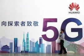 """Pasca-di""""blacklist"""" Trump, Google tangguhkan bisnis dengan Huawei"""