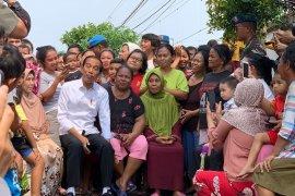 Joko Widodo umumkan kemenangan di Kampung Deret
