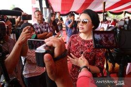 Bupati Karolin beri ucapan selamat kepada Jokowi-Ma'ruf