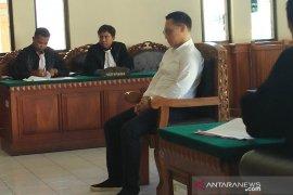 Pilot didakwa ambil jam tangan di Bandara Bali