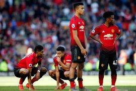 Manchester United susun tim cari pemain yang diincar