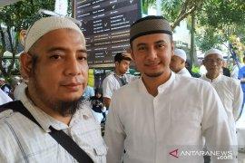 Jenazah ustadz Arifin Ilham tiba pukul 15.00 WIB