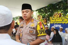 400 polisi mengawal pemakaman Ustadz Arifin Ilham