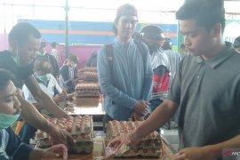 Sambas sediakan 24 ton telur ayam di pasar murah