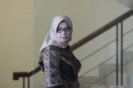 Eni Saragih diperiksa KPK sebagai saksi perkara korupsi Samin Tan