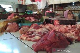 Harga daging sapi di Sukadana merangkak naik