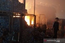 Polres Pangkalpinang segera selidiki kebakaran gudang Wings