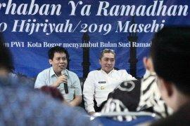 "Dedie A. Rachim ""Ngopi"" ala wartawan di PWI Kota Bogor"