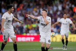 Valencia juara Piala Raja setelah jungkalkan Barcelona