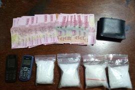 Polda Kalbar mengungkap peredaran narkoba libatkan sipir Lapas Singkawang