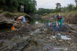 Sungai tercemar limbah